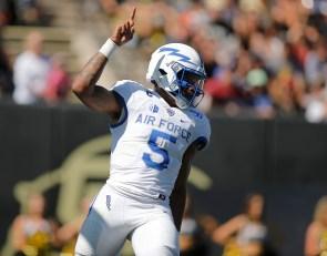 Hammond III Declares for the NFL Draft