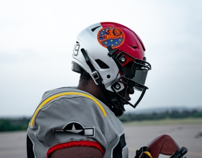 Air Force To Honor Tuskegee Airmen With Special Uniforms vs. Navy