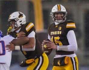 Wyoming Football: Levi Williams Named Starting Quarterback vs. San Jose State on Saturday
