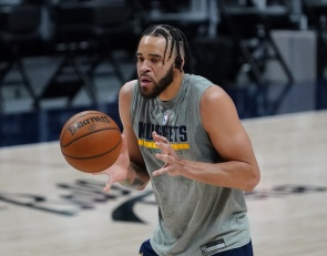 Nevada alum JaVale McGee signs one-year contract with Phoenix Suns